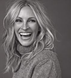 absolutely adoring, JULIA ROBERTS | bellamumma.com