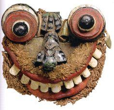 Masque d'exorcisme_sri lanka_XXe_(bois fibres et cuir) 18x22x9_Musée du quai branly-Paris