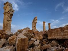Unesco: Don't Worry, Palmyra Is Still Authentic The ancient city may have been destroyed, but it is still a treasured cultural site Palmyra Ruins Cultural Artifact, Hermitage Museum, Palmyra, Mystery Of History, Image Shows, Ancient History, Archaeology, Be Still, Monument Valley