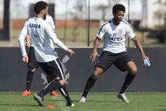 Tite confirma volta de Gil e ensaia time contra o Vasco; Cássio não joga #globoesporte