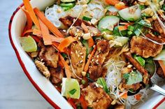 #Healthy #Recipe / Thai Chicken & Noodles