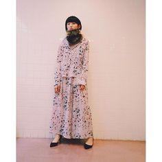 【kana_kanaamaike】さんのInstagramをピンしています。 《KANAAMAIKE  2016-17 A/W 「fall-散る-」 #fashion #mywork #プリント#ファッション #服飾学生#vantan#sakura#桜#モデル#作品撮り#ポートレート》