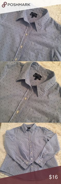 Gap Stripe with Mini Stars Button Down Shirt Gap Button Down pin striped shirt sprinkled with mini navy stars. Tailored silhouette with an easy fit. Long sleeves with button cuffs. Spread Collar. Patch pocket. Curved shirttail hem. In good used condition. Please look at all pics before purchase. GAP Tops Button Down Shirts