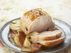 Schweinebraten ist ein Rezept mit frischen Zutaten aus der Kategorie Schwein. Probieren Sie dieses und weitere Rezepte von EAT SMARTER!