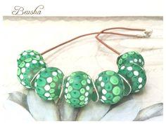 Ein persönlicher Favorit aus meinem Etsy-Shop https://www.etsy.com/de/listing/258006684/handmade-lampwork-necklace-green