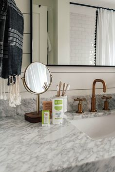 12 of the Most Toxic Things in your Home and How to Change It! - Nesting With of the Most Toxic Things in your Home Bathroom Mirror Frame Learning how to frame a bathroom mirror can allow you to create a custom mirror for alm. Cheap Mirrors, Door Stays, Shabby Chic Vintage, Custom Mirrors, Eco Friendly House, Cheap Home Decor, Home Furniture, Furniture Ideas, Change