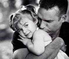 Papa and me. Father Daughter Pictures, Dad Daughter, Daughters, Cute Babies Photography, Family Photography, Fathers Love, Portraits, Good Good Father, Baby Daddy