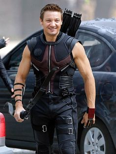 I wanna be Hawkeye's sidekick. how awesome would that be. (Only if Jeremy Renner is Hawkeye, of course...)