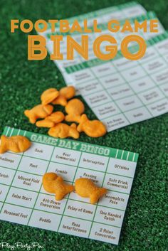 Free printable football bingo cards, perfect idea for Super Bowl party games!