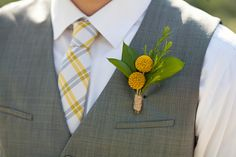 Billy button boutonnieres?