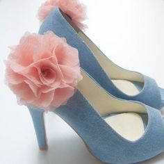 http://www.etsy.com/listing/63603212/ruffle-chiffon-flower-shoe-clips-pink