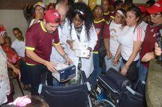 Rafael Lacava entregó dotación en el CDI del sector El Paito