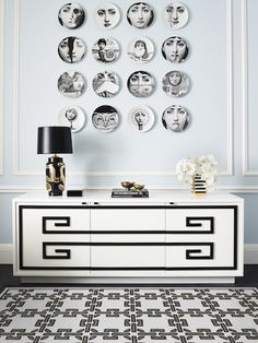Modern white and black sideboard | decor ideas |www.bocadolobo.com #modernsideboard #sideboardideas
