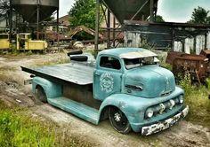 51 Ford COE Hauler. Rad!!