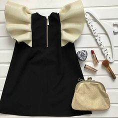 "Нарядное платье ""Фея"" Outfits Niños, Kids Outfits, Baby Girl Dresses, Baby Dress, Look Fashion, Kids Fashion, Trendy Baby Boy Clothes, Boys Summer Outfits, Baby Couture"