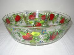 Artistic-Angel's Hand Painted Gifts by ArtisticAngel Strawberry Bowls, Strawberry Recipes, Strawberries And Cream, Chip And Dip Sets, Chip And Dip Bowl, Kitchen Themes, Paint Chips, Serving Dishes, Dips