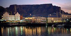 Cape Town, indiscutivelmente uma das cidades mais lindas do mundo!  Acesse!http://bit.ly/1u3hklu  #SunCity #Safari #CapeTown #Johannesburg #AfricaExpress #Zambia #AfricaDoSul #IlhaMauricio #ReveillonAfricadoSul #SlowAfrica #Livingstone #CabodaBoaEsperanca #VictoriaFalls #ChobeNationalPark #QueensberryViagens