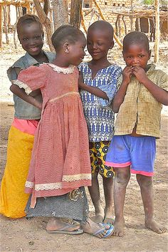 Children from Burkina Faso Kids Around The World, We Are The World, People Of The World, Beautiful Children, Beautiful Babies, Beautiful People, African Life, African Women, Lonely Planet