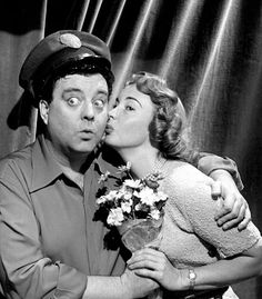 Ralph and alice jackie gleason and audrey meadows the honeymooners