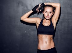 Three simple exercises + three delicious fat-burning foods = 6 rock-solid abs.