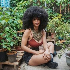 Pin by derrick knighten on afro- glam in 2019 Natural Hair Types, Natural Hair Care, Natural Beauty, Natural Styles, Natural Curls, African Hairstyles, Afro Hairstyles, Curly Haircuts, Black Hairstyles