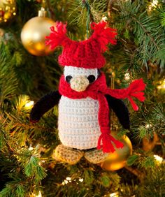 Who else is starting on their crochet Christmas projects? I'm working on this adorable Pipsqueak Penguin Ornament right now! Isn't it cute? I can't wait to see it on the tree 😍 Crochet Ornament Patterns, Christmas Crochet Patterns, Holiday Crochet, Knitting Patterns, Loom Knitting, Crochet Penguin, Crochet Santa, Free Crochet, Crochet Toys