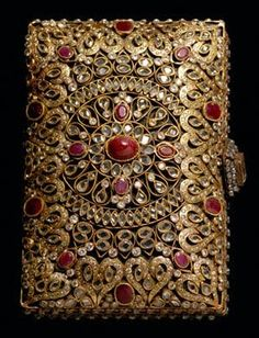 Inspired by the Mughal Empire, this bejeweled clutch can refresh your jewelry box.  Perfect for your next Indian wedding...
