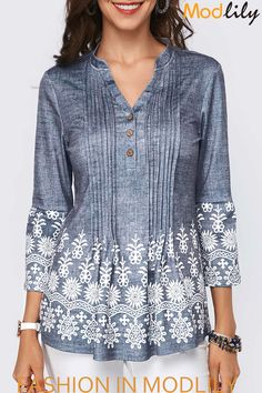 Printed Split Neck Button Detail Pleated Blouse - Trend Way Dress Stylish Tops For Girls, Trendy Tops For Women, Fashion Outfits, Womens Fashion, Ladies Fashion, Fashion Ideas, Fashion Design, How To Roll Sleeves, Pretty Outfits