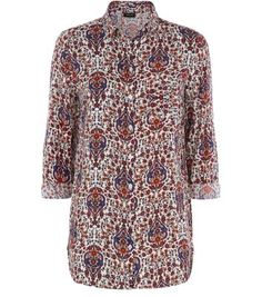 Make sure your wardrobe is complete with our must-have collection of women's tops. With free delivery options available, shop your favourites at New Look. How To Roll Sleeves, 70s Fashion, Paisley Print, Shirt Sleeves, Shirt Blouses, New Look, Men Casual, High Neck Dress, Style Inspiration