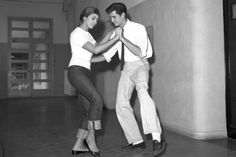 Anthony Perkins and Patrizia Mangano Photo-Op: Film Prep We live in the slob era, a wasteland of sagging jeans, rumpled T-shirts and slapping flip-flops. And that's just Hollywood. You don't have to look all the way back to a tuxedo-clad Cary Grant...
