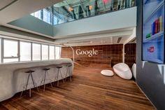 Escritório do Google em Tel Aviv ocupa 8 andares da Electra Tower. Criação de Camenzind Evolution Architects e Setter and Yaron Tal Studio.    Via Fubiz ™