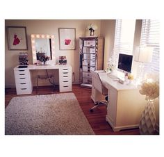 Jaclyn Hill's ultimate makeup room! In love!