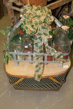 Vintage Bottle Carrier & Picnic Basket