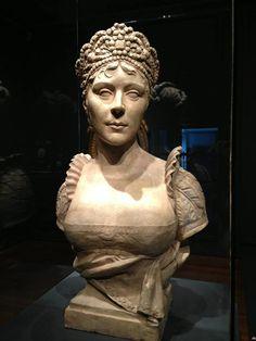 Musée des beaux-arts de Montréal. Sculptures, Greek Statue, Statue, Sculpture, Art, Buddha Statue, Napoléon Bonaparte, Bonaparte, Vintage