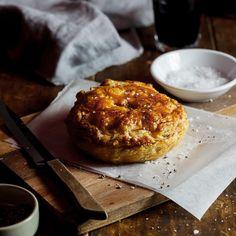 Meltingly tender steak in a savoury gravy encased in flaky buttery golden pastry makes this pepper steak pie a killer dish. Steak Pie Recipe, Fondant, Individual Pies, Beef Pies, Tender Steak, Pie Recipes, Recipies, Dinner Recipes, Entree Recipes