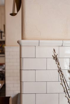 Home Renovation Tips: Enhancing The Floor Tiles Makes Huge Difference – Home Dcorz Downstairs Bathroom, Bathroom Renos, Laundry In Bathroom, Bathroom Interior, Kitchen Interior, Kitchen Decor, Tuile, Kitchen Backsplash, Kitchen Soffit
