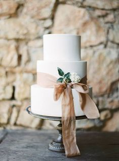 Timeless Summer Romance - Elegant Neutral Wedding Inspiration Brimming with Greenery - Chic Vintage Brides - White Wedding Cake Floral Wedding Cakes, White Wedding Cakes, Elegant Wedding Cakes, Wedding Cake Designs, Ribbon Wedding Cakes, Wedding White, Wedding Cake Simple, Ribbon Cake, Perfect Wedding