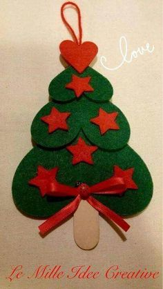 Easy and brilliant paper christmas ornaments for kids 3 - Smart Women Life Paper Christmas Ornaments, Unique Christmas Trees, Felt Christmas Decorations, Christmas Makes, Christmas Crafts For Kids, Felt Ornaments, Homemade Christmas, Christmas Projects, Kids Christmas