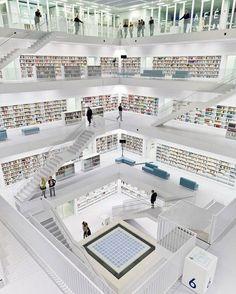 Incrível Biblioteca de Stuttgart Alemanha! #biblioteca #bibliotecas #bibliotecaria #bibliotecando #bibliotecario #bibliotecapublica #livros #livroseleitura #livrosemaislivros #leitura #leituras #literatura