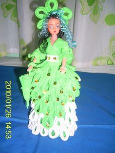 Antonia Cristiani Design: Muñecas con vestidos de papel