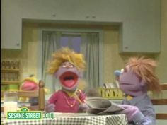 Sesame Street: Kids just love to brush