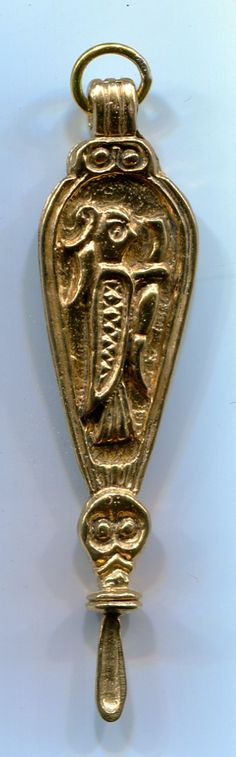 Viking Age Ear Spoon - Birka - hung form the chatelaine or brooch on a lady's apron W x H (plus bale) Bronze Vikings Live, Norse People, King Ragnar, Norse Symbols, Early Middle Ages, Bronze, Viking Age, Anglo Saxon, Old Art