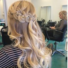 Braided Hairstyles for Long Hair Half Up Half Down - My New Hair French Braid Hairstyles, Braided Hairstyles For Wedding, Down Hairstyles, Pretty Hairstyles, Prom Hairstyles, French Braids, Braids With Curls, Braids For Long Hair, Loose Curls