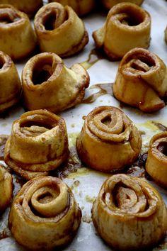 "CINNAMON & ORANGE STICKY BUNS ~~~ this recipe is shared with us from ""brod bakery"" in copenhagen. [clemmensen-brok]"