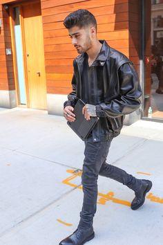 Zayn Malik #SexyAf #LeatherJacket
