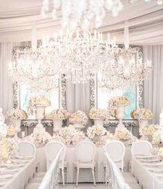 we ❤ this!  itsabrideslife.com #whitewedding