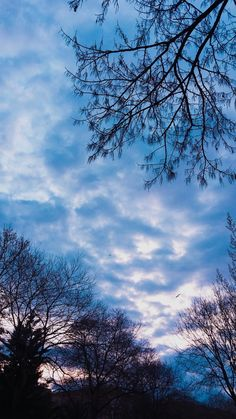 - sky - Photography, Landscape photography, Photography tips Cute Wallpaper Backgrounds, Tumblr Wallpaper, Nature Wallpaper, Pretty Sky, Beautiful Sky, Beautiful Landscapes, Creative Photography, Landscape Photography, Nature Photography