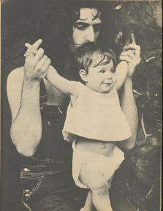 Frank & Moon Unit Zappa - 1968. From TEEN SET Magazine