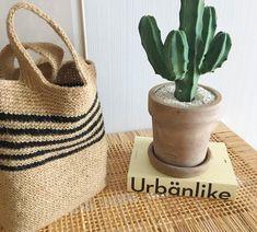 코바늘 마 실 가방 : 네이버 블로그 Straw Bag, Burlap, Reusable Tote Bags, Crochet Bags, Knitting, Totes, Tejidos, Crochet Purses, Crochet Tote