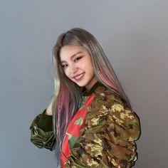 Kpop Girl Groups, Korean Girl Groups, Kpop Girls, K Pop, Fandom, I Love Girls, New Girl, South Korean Girls, Rapper
